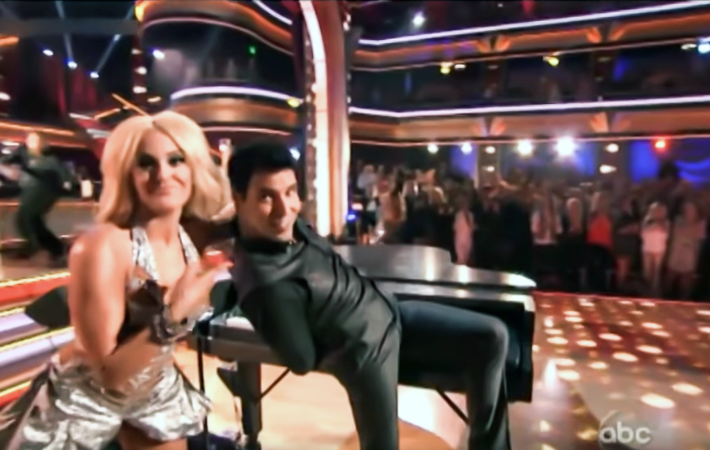 FRANKIE PERFORMS ON ABC's DANCING WITH THE STARS